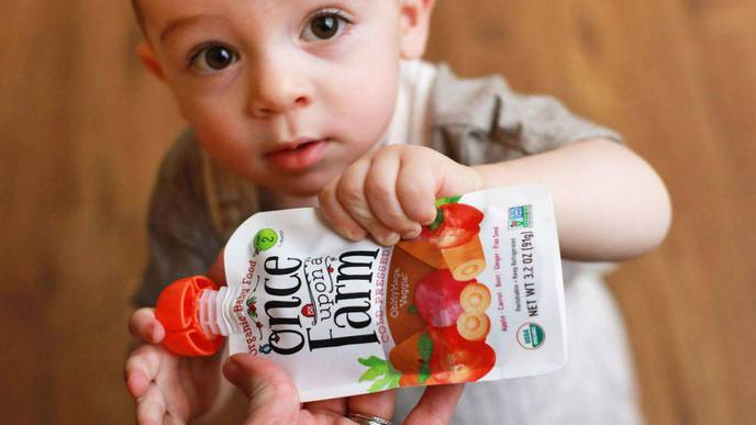 Are Popular Squeezable Food Pouches Healthy for Kids?