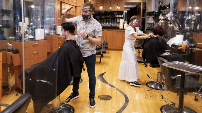 No COVID-19 Infections at Hair Salon Shows Masks Work