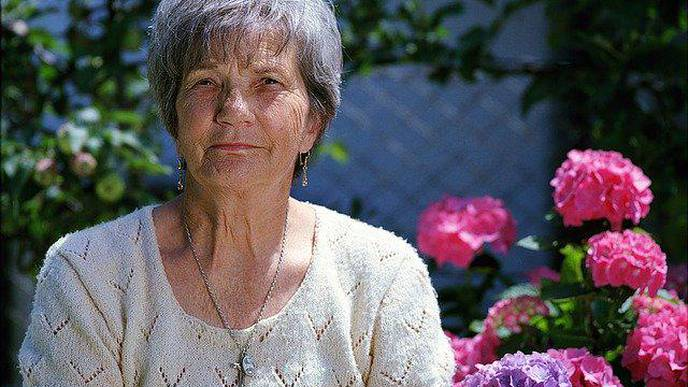 Older Adults Who Can Really Smell the Roses May Face Lower Likelihood of Dementia